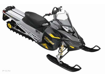 2009 Ski-Doo Summit� Everest� 154 Rotax� 800R Power T.E.K.