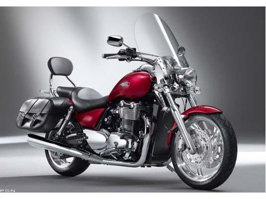 Excellent condition Thunderbird SE with ABS low miles, 12k full service and a new rear tire!!!!