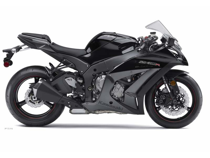 Awesome 1000cc Super Sport Machine.  Traction Control.  Adjustable Power Delivery!!  Blowout Price!! Only One Left!!