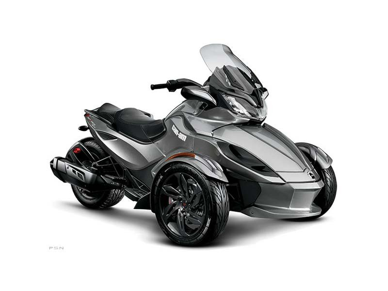 2013 Can-Am Spyder® ST-S SE5