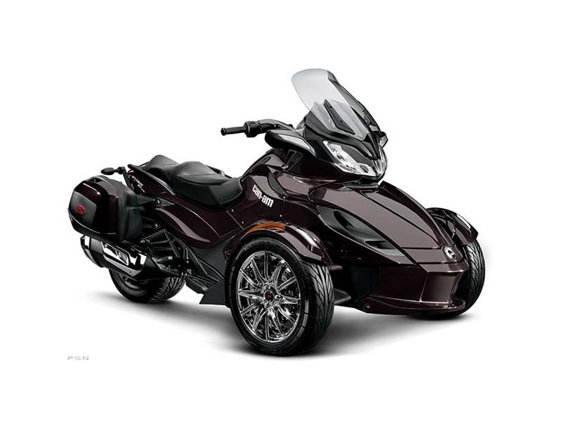 2013 Can-Am Spyder� ST Limited