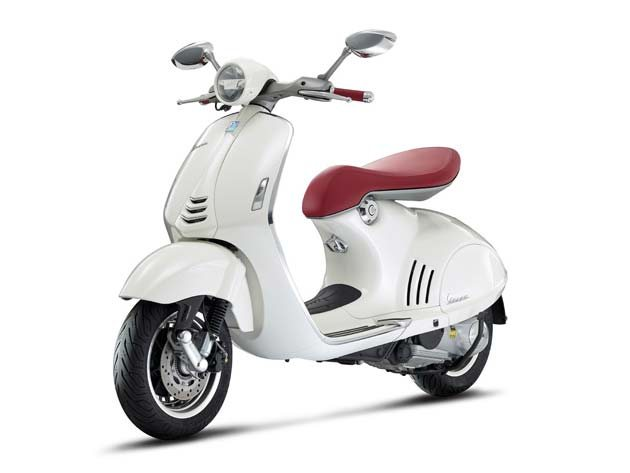 �Based on the 1946 Mp6 model, the 946 still has the classical Italian lines but with a modern twist, and although it still has a vintage touch, this is the best-equipped and most technologically advanced Vespa scooter ever.�