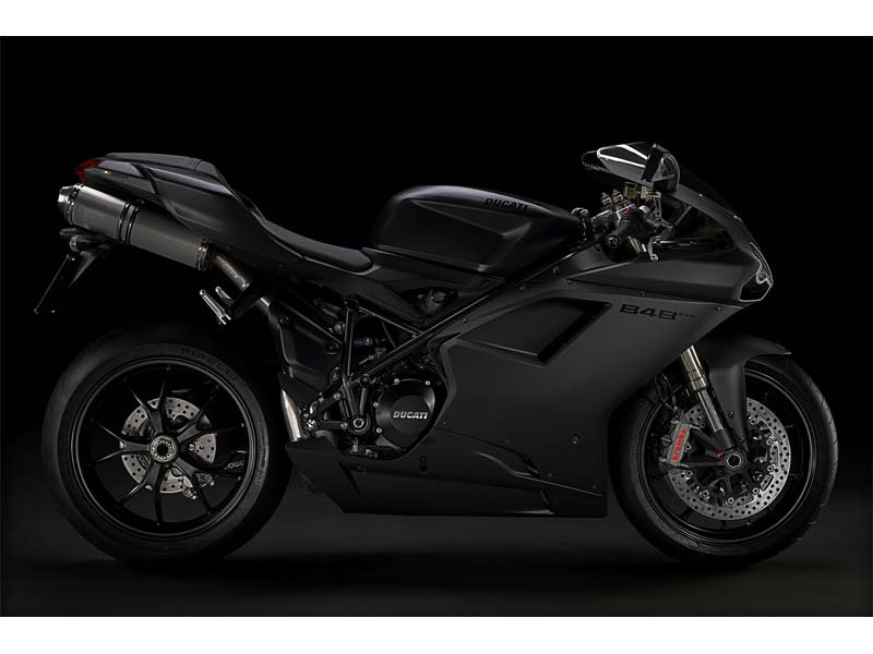 THE UNDEFINED ITALIAN SUPERSPORT