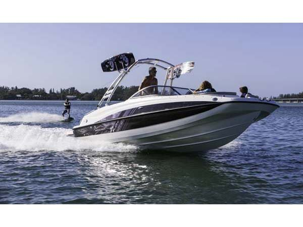 2013 Bayliner 215 Deck