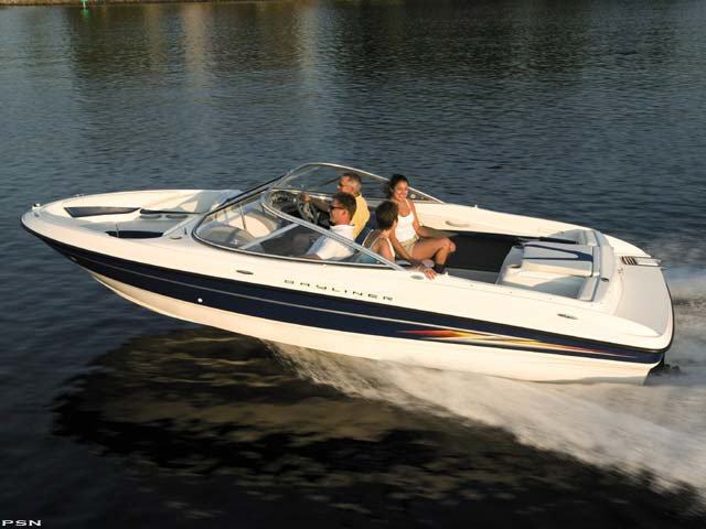 2005 Bayliner 205