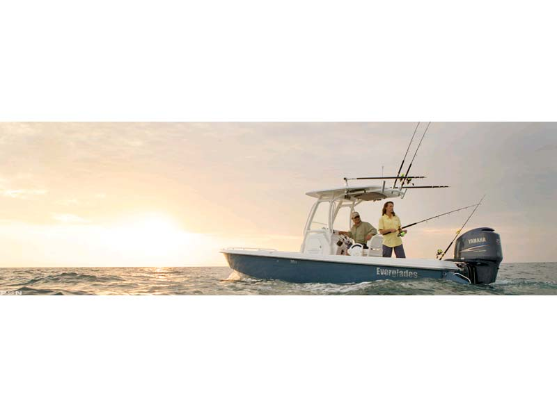 2011 Everglades Boats 243cc