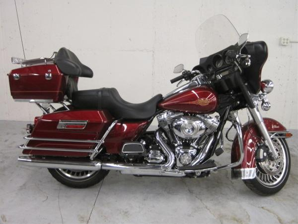 Harley-Davidson FLHTC Electra Glide Classic 2009