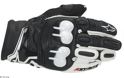 Alpinestars race proven PU knuckle protection system features advanced airflow ventilation and thermoplastic PU for superior impact and abrasion resistanceAll leather construction with PU profile around vulnerable outer wristShort glove design with ex