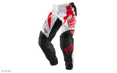 RAP (rider attack position) construction for a precise fit on the bike. Durable 600D Polyester fabric. Heat and abrasion resistant leather knee panels. Stretch panels at knee, rear yoke and crotch.