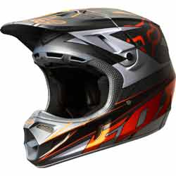 The V4 features a premium fit that encompasses your head. The cheek pads are engineered to wrap under your jawline, providing a secured feel. The entire liner system is designed to maintain a perfectly balanced fit. Starting with massive intake vents on th