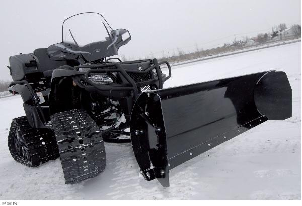 The Click N Go system allows for easy hook-up and fast removal without having to go under your ATV. Efficient and durable, the Click N Go system is ideal for summer or winter condition.CHARACTERISTICS:Easy hook-up and fast removal w