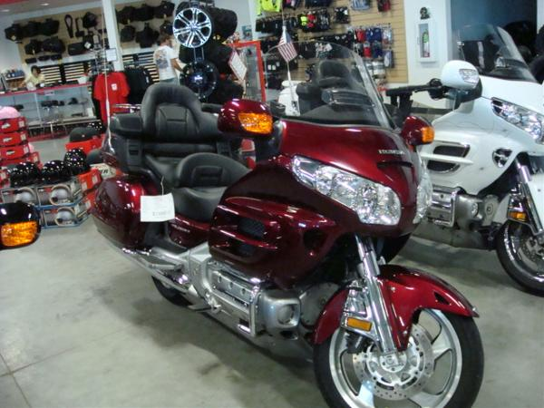 used 2009 honda gl1800al gold wing for sale davenport ia 52806 us used cars for sale. Black Bedroom Furniture Sets. Home Design Ideas