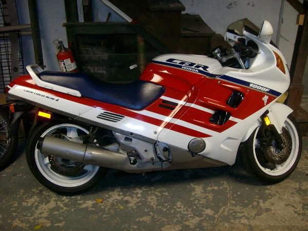 1990 Honda CBR1000F