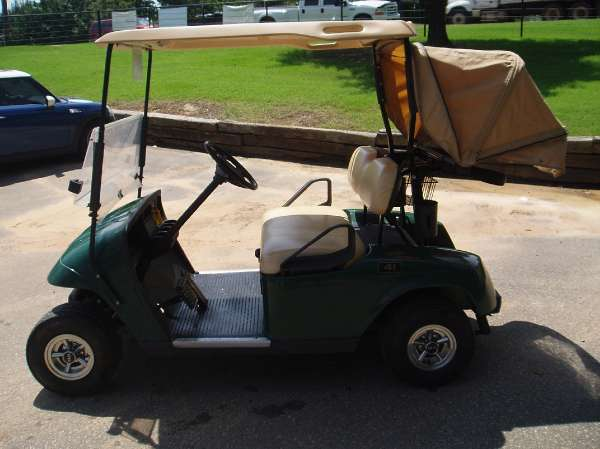 2006 EZ-Go GOLF CART