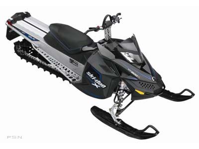 2009 Ski-Doo Summit� X� 154 Rotax� 800R Power T.E.K.