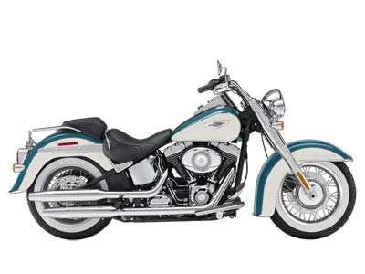 Beautiful Softail Deluxe in Deep Turquoise and Antique white paint! Low miles!