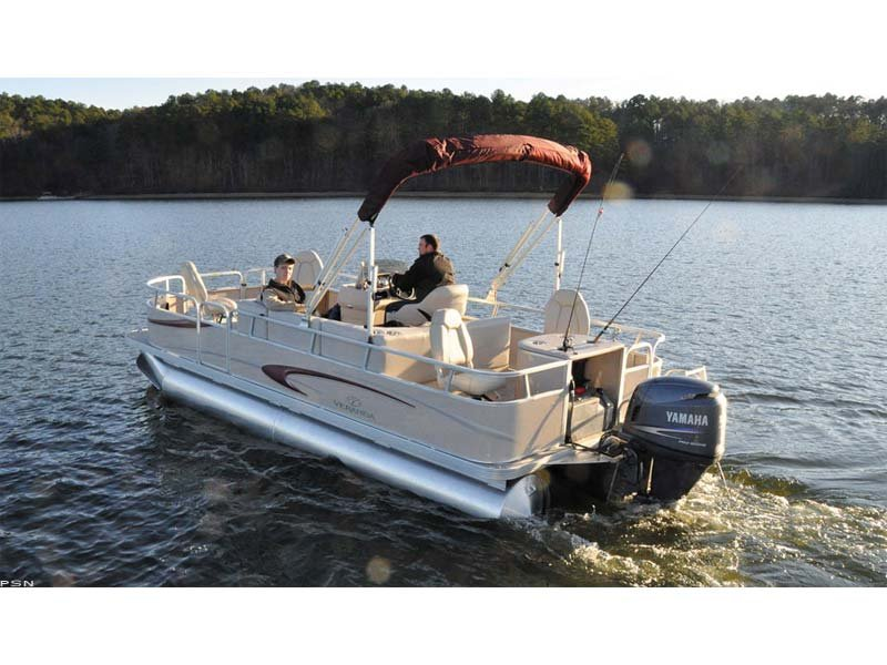 Veranda Fishing model ready for summer fun- save $$$ over new!  Only 125 hours!