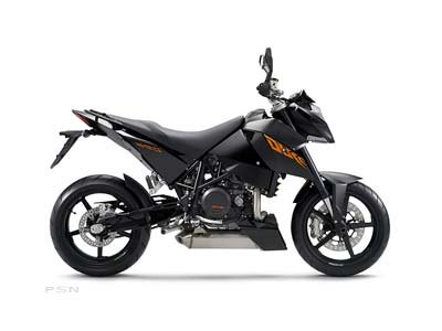 2010 KTM 690 Duke