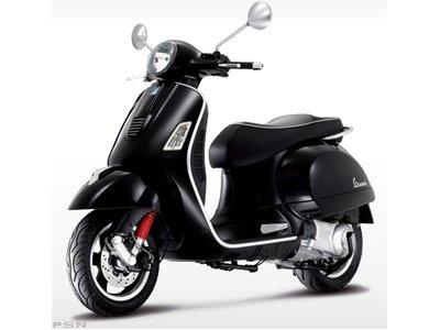 Vespa GTS 300 Super 2011