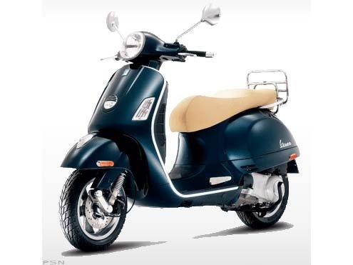 Vespa GTS 300 2011