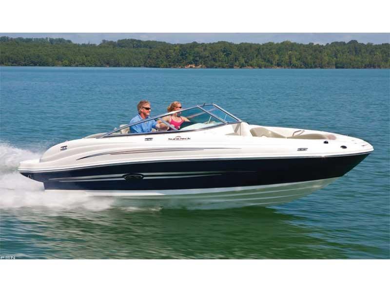 2011 Sea Ray 200 Sundeck®