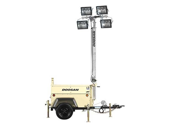 2012 Doosan Portable Power Light Source