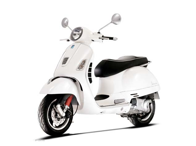 2013 Vespa GTS 300 i.e. Super