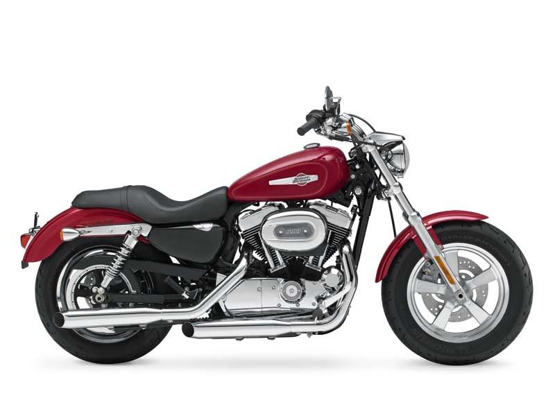 2013 Harley-Davidson XL1200C Sportster 1200 Custom