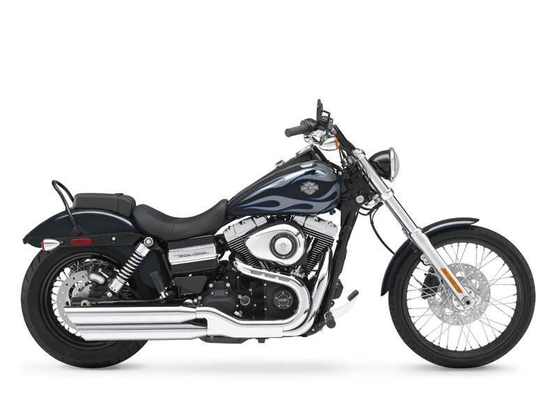 MIDNIGHT PEARL PAINT WITH FLAMES, VANCE & HINES PIPES, CHROME GRIPS, CUSTOM PEG KIT, BRAND NEW TIRES & FRESH SERVICE!