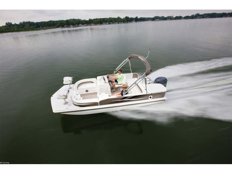 2013 Hurricane Boats FD 198 OB