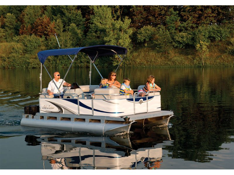 Great boat to cruise the lake with. Close out priced.