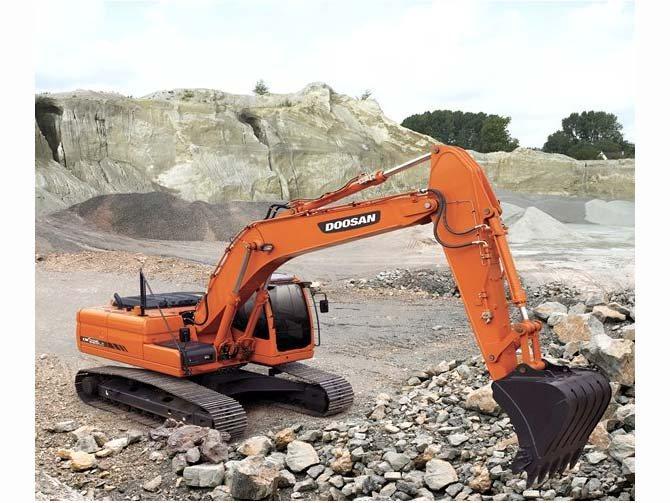 2013 Doosan Construction DX225LC-3