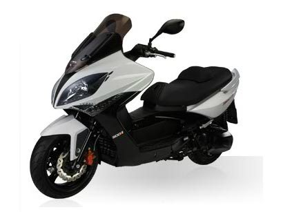 SAVE $1100.00 ON THIS NEW ABS 500 WITH FUEL INJECTION!! 1.9% FINANCING