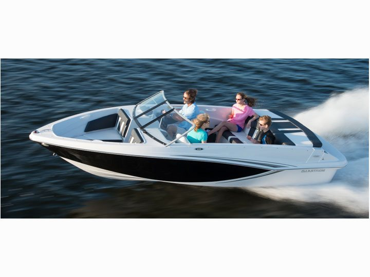 BEST FAMILY VALUE ON THE WATER. CHOOSE THE GLASTRON GTX185 WITH CLASS STYLE AND FUNCTIONABILITY. THIS UNIT IS POWERED BY A 135HP MERCRUISER MOTOR. THIS BOAT WILL BE  A SUREFIRE HIT AT THE COTTAGE OR CAN EASILY BE TOWED ANYWHERE YO WISH TO EXPLORE.