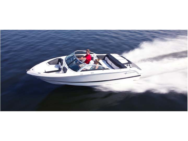 CHECK OUT THE 2015 FOURWINNS H 180. POWERED BY MERCRUISER, THIS BOAT IS SURE TO ADD THE EXCEITMENT ANY FAMILY IS LOOKING FOR.