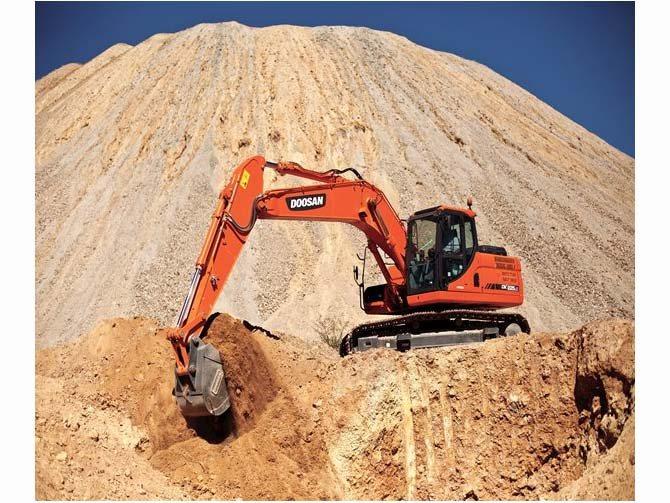 2014 Doosan Construction DX225LC-3