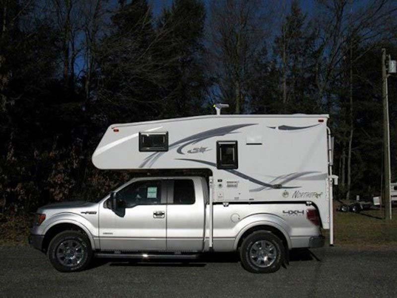 2014 liberty 1/2 Truck Camper
