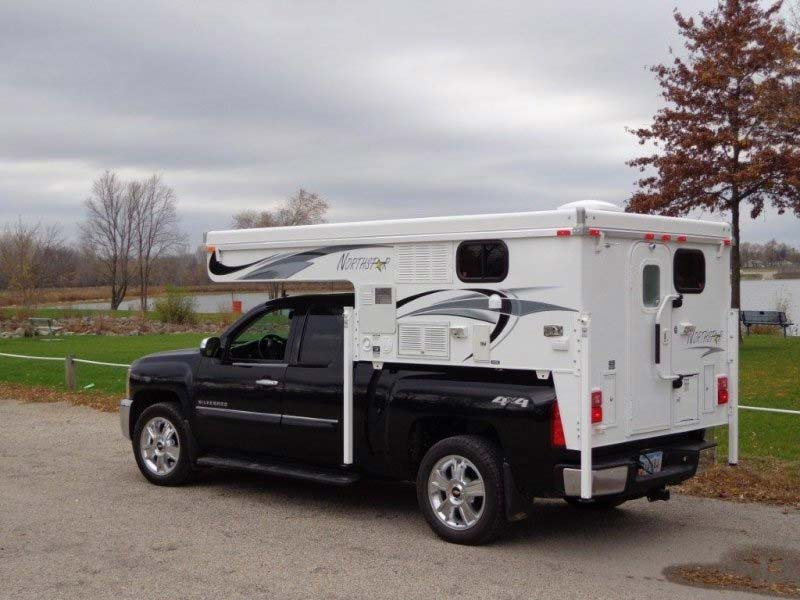 2014 TC 650 pop up slide in truck camper