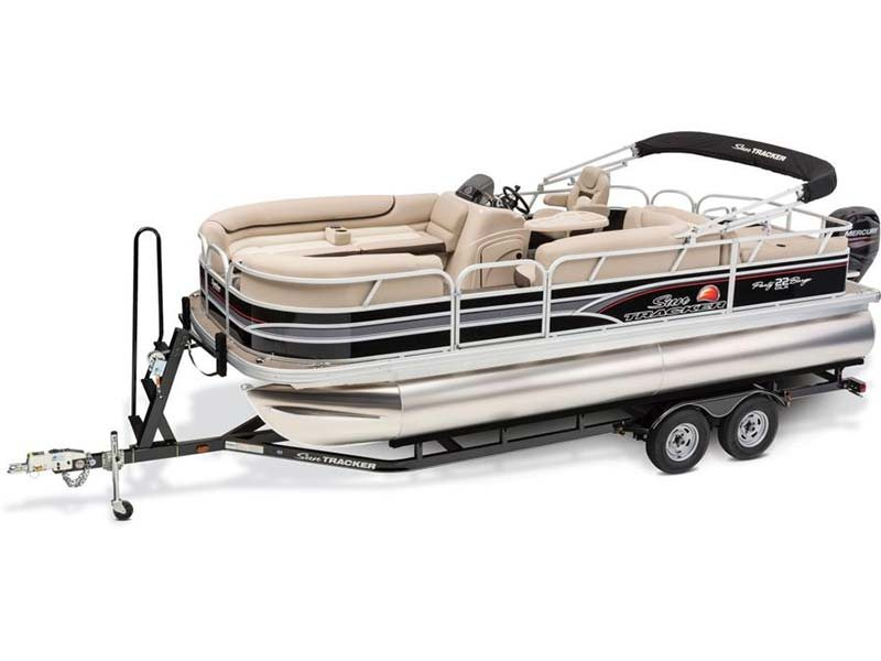 2015 Sun Tracker Party Barge® 22 DLX