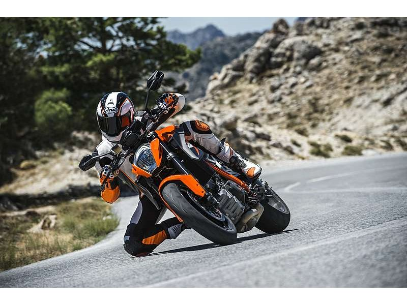 New 2015 KTM 1290 SUPERDUKE R is IN STOCK NOW!!! Hurry, supply is LIMITED! Ask about $0 down financing!!!!oac