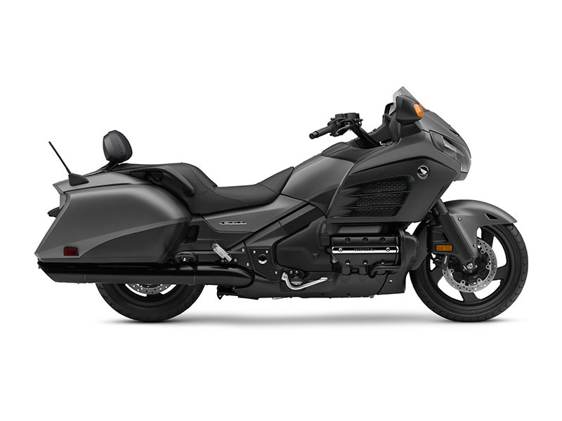 2016 Gold Wing F6B Deluxe Matte Silver