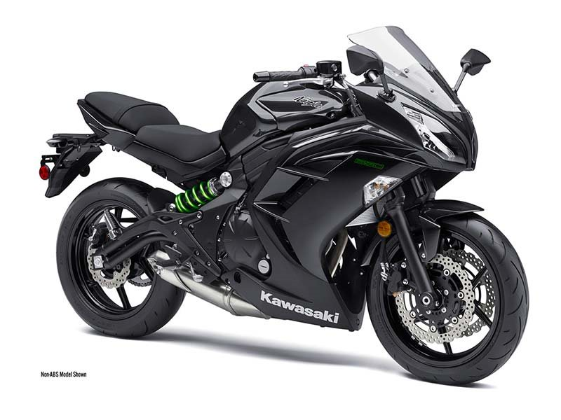 2016 Ninja 650 Metallic Carbon Gray