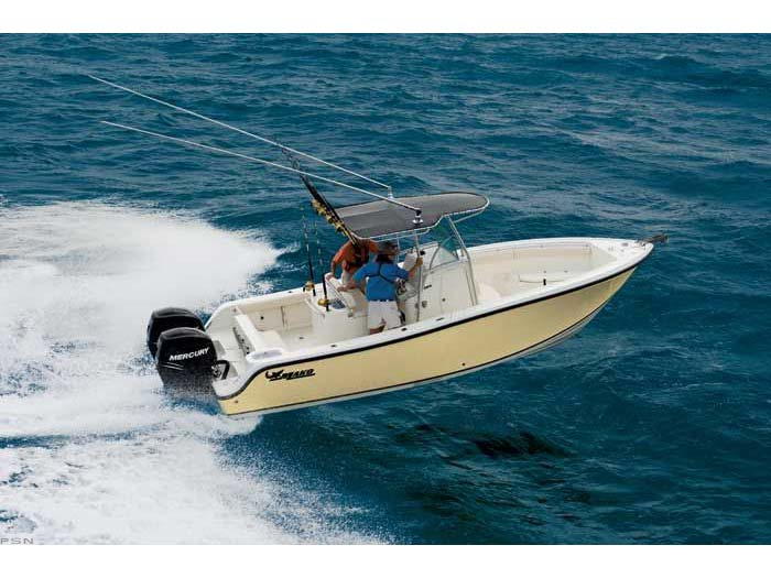 2008 Mako Boats 264 Center Console