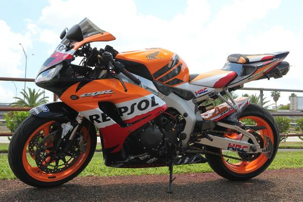 Used honda cbr1000rr 2007 for sale 6400 west 20th ave for Honda florida ave
