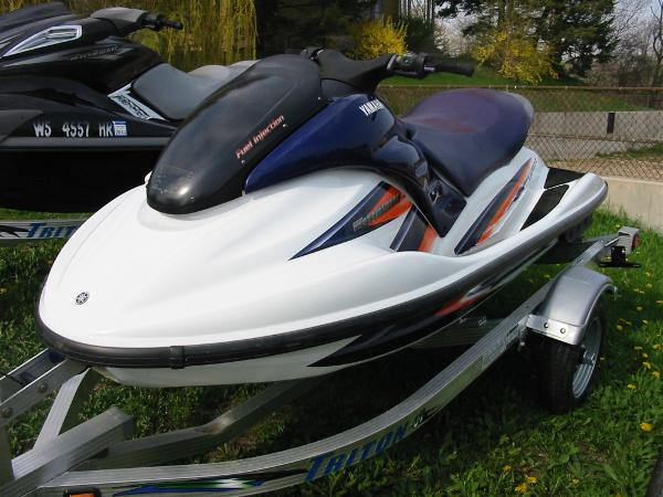 Used yamaha waverunner gp1300r 2003 for sale 540 w grand for Yamaha pwc dealers