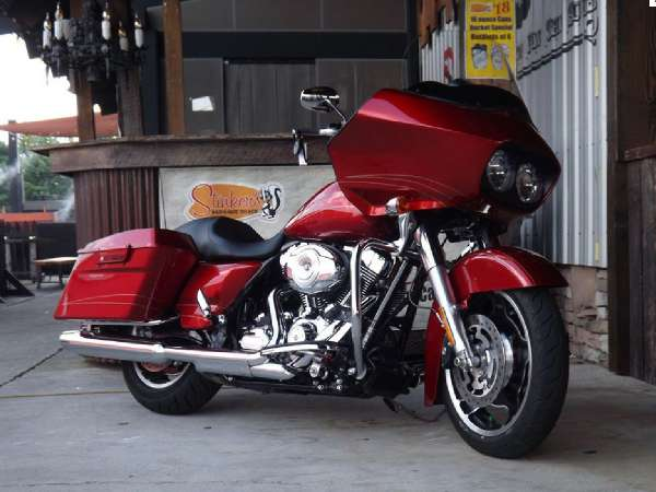 Beautiful Road Glide with less than 1000 miles.  Come in today and ride it this weekend!