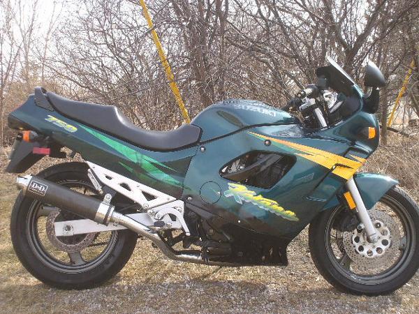 Suzuki KATANA GSX750F 1996
