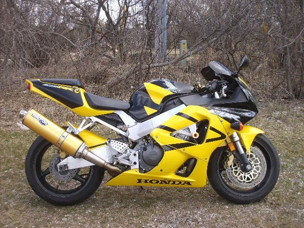Honda CBR929RR 2001