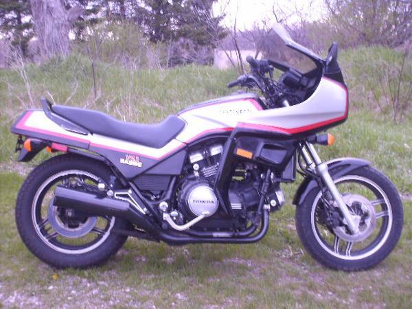 Honda VF1100 SABRE V65 1984