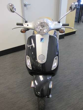Vespa  Sale on Vespa Lx   10   Used Cars For Sale   Usedcarsonnet Com